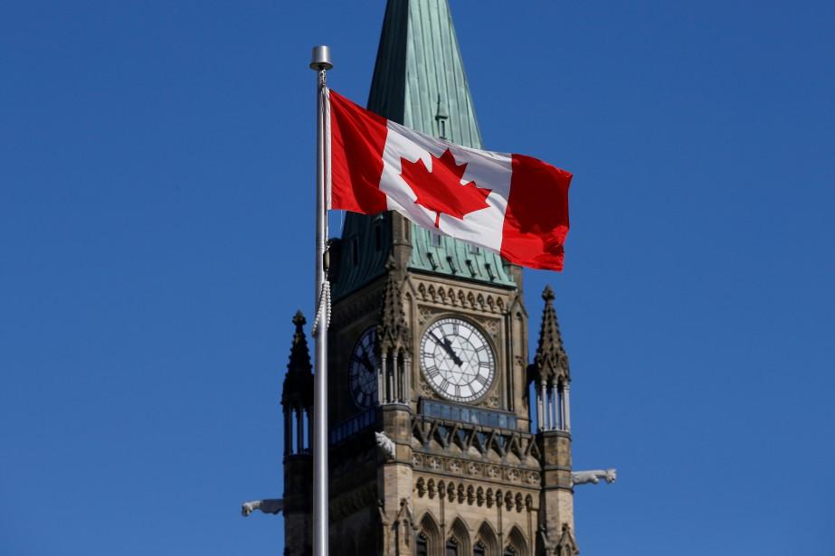 À la mi-mandat du gouvernement libéral, 381 consultations... (Photo Chris Wattie, archives REUTERS)