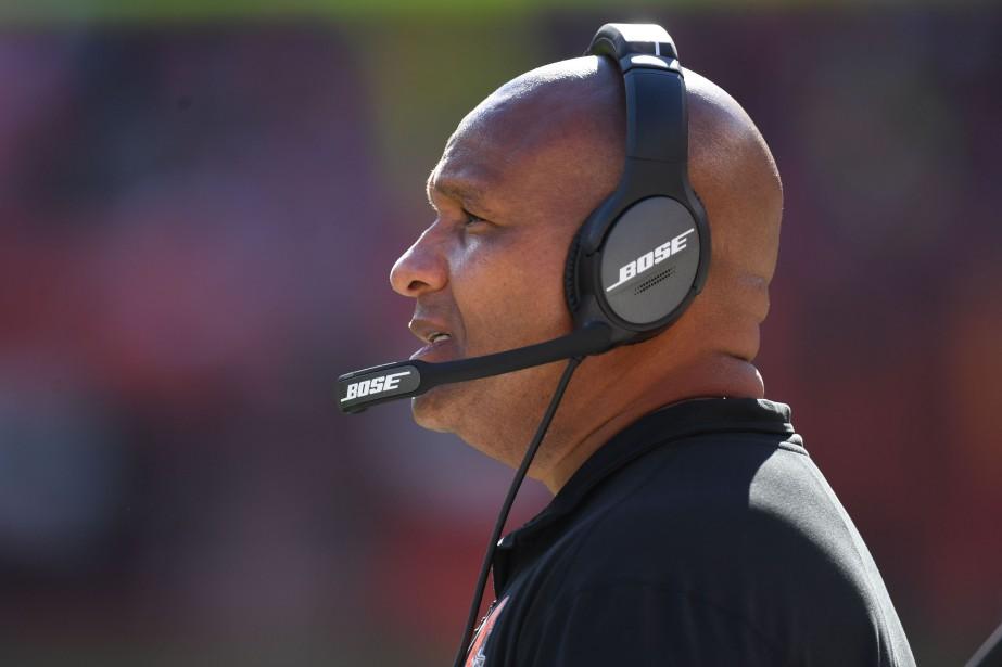 L'entraîneur-chef des Browns de Cleveland, Hue Jackson.... (Photo Jason Miller, Agence France-Presse)