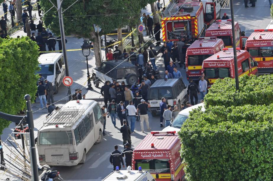L'explosion est survenue sur la principale artère du... (Photo FETHI BELAID, Agence France-Presse)