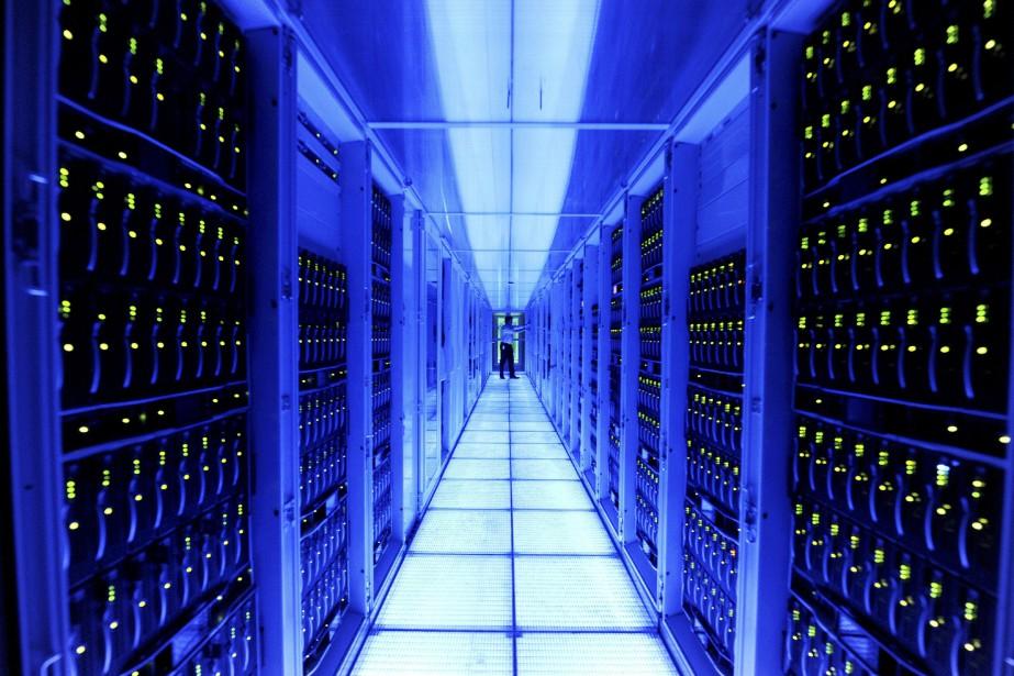 L'infonuagique fonctionne grâce à des serveurs qui stockent... (Photo Reto Klar, AP)