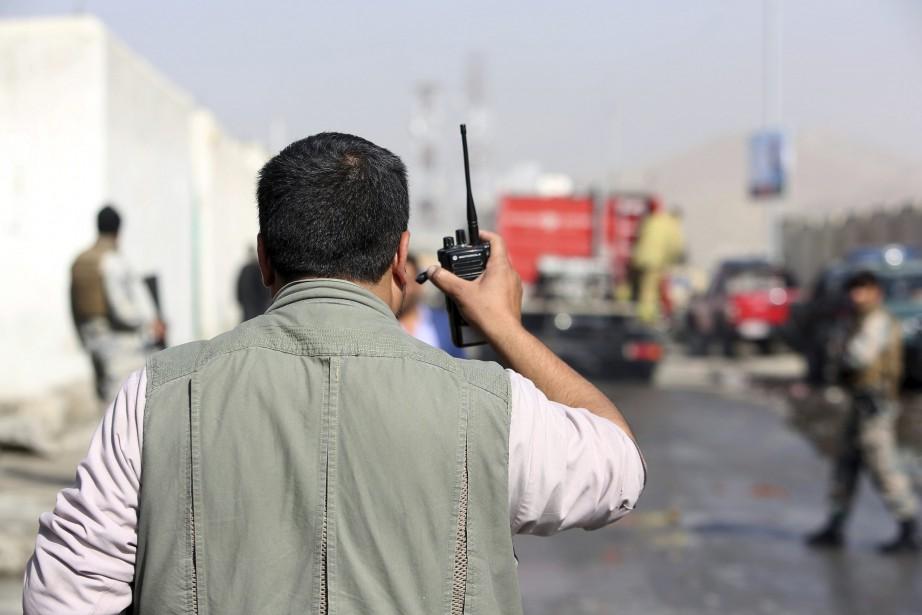 Au moins cinqautres personnes ont été blessées dans... (Photo Rahmat Gul, AP)