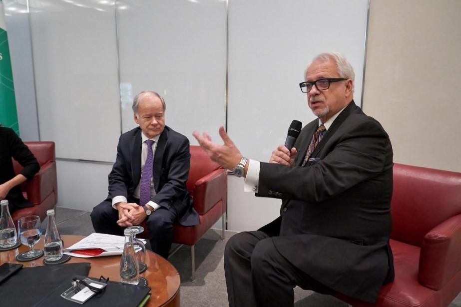 Raymond Bachand et Pierre Marc Johnson lors d'un... (Photo André Pichette, La Presse)