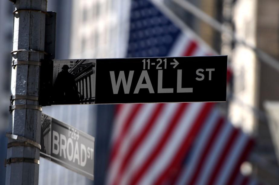 Wall Street a fluctué toute la journée au... (Photo DON EMMERT, archives Agence France-Presse)