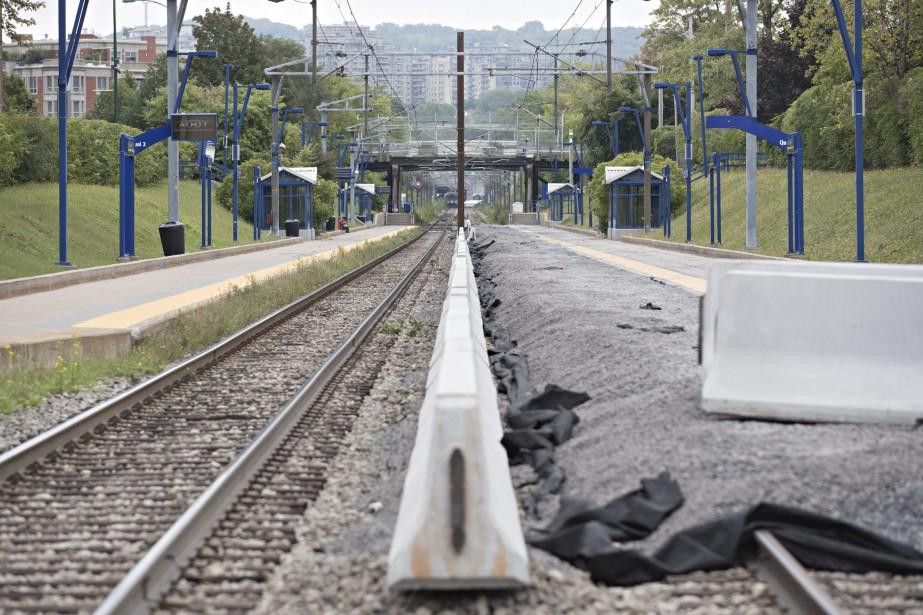Les travaux ont commencé sur la ligne Deux-Montagnes.... (Photo Patrick Sanfacon, archives La Presse)