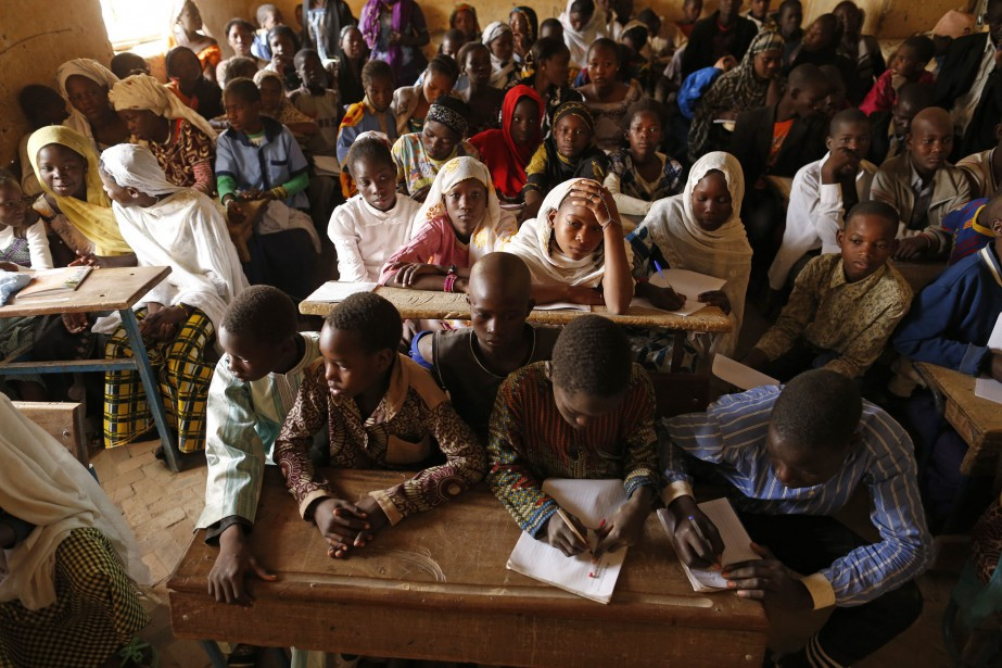 Une classe au Mali.... (Photo BENOIT TESSIER, archives REUTERS)