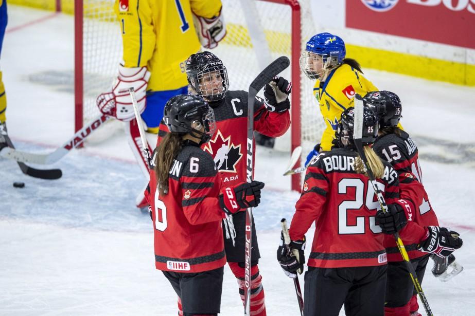 Le Canada a remporté une victoire de 6-1... (Photo Liam Richards, La Presse canadienne)
