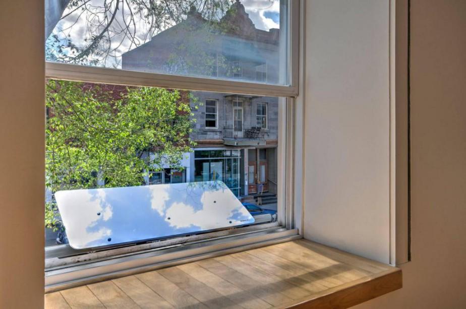 Ces réflecteurs ne sont pas de simples miroirs,... (Photo fournie par Espaciel)