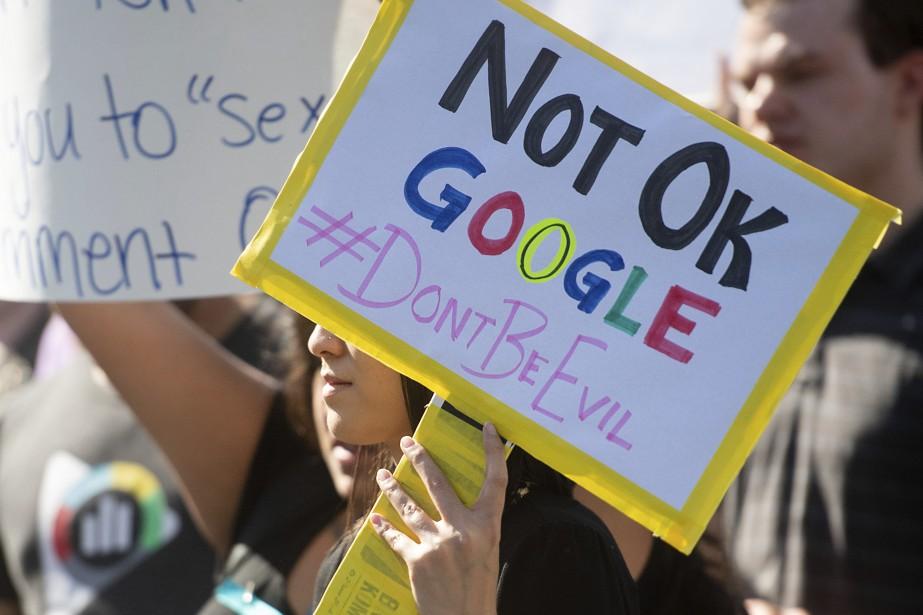 Des employés de Google ont manifesté le 1ernovembre... (Photo Noah Berger, Archives Associated Press)