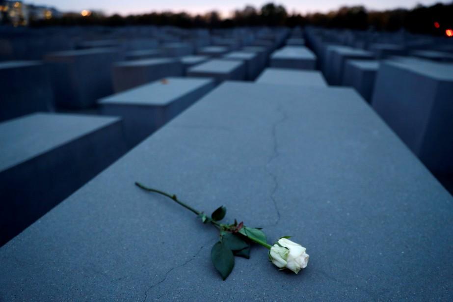 Le pogrom a fait au moins 30 morts... (Photo FABRIZIO BENSCH, REUTERS)