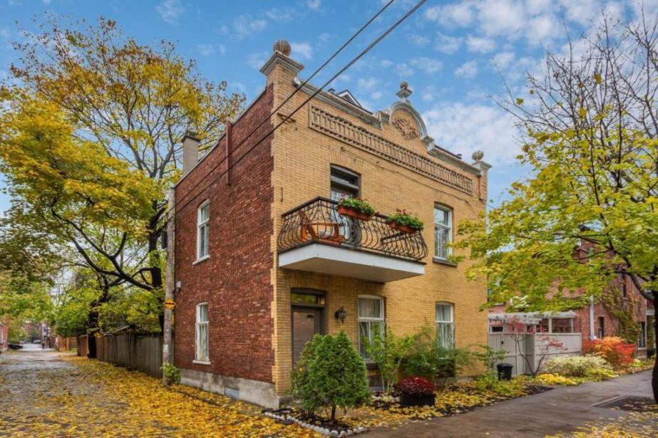 La propriété construite le long d'une ruelle profite... (Photo fournie par Centris)