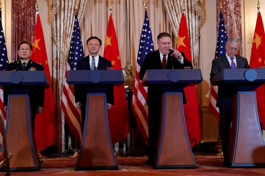 Wei Fenghe, Yang Jiechi, Mike Pompeo et James... (Photo LEAH MILLIS, REUTERS)