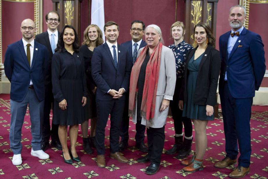 Les 10députés de Québec solidaire lors de leur... (PHOTO JACQUES BOISSINOT, ARCHIVES LA PRESSE CANADIENNE)