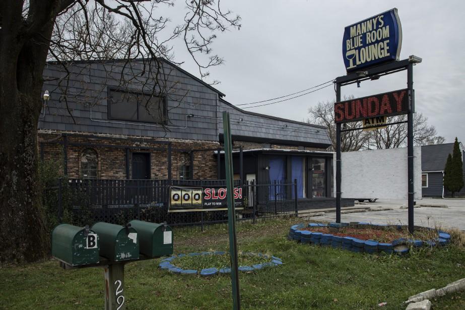 Le bar Manny's Blue Room Lounge à Robbins.... (Photo Zbigniew Bzdak, Chicago Tribunes via AP)