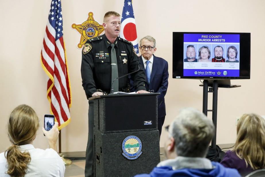 Le shérif Charles Reader a fait le point... (PHOTO AP)