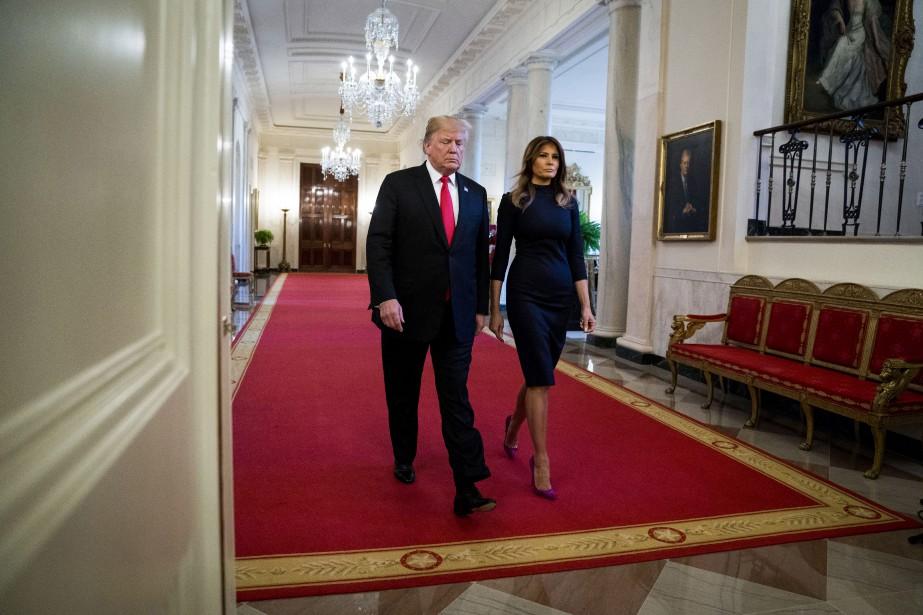 Donald Trump et sa femme Melania dans la... (PHOTO THE NEW YORK TIMES)
