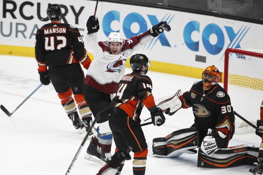 Mikko Rantanen a réussi l'impossible en dénouant l'impasse alors... (PHOTO AP)