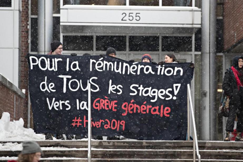 Hier matin, la direction du cégep du Vieux... (Photo Patrick Sanfaçon, La Presse)