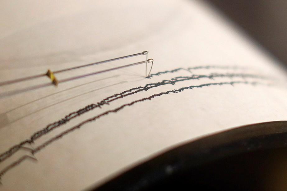 Un puissant séisme de magnitude6,4 a... (Photo MIKE BLAKE, archives REUTERS)