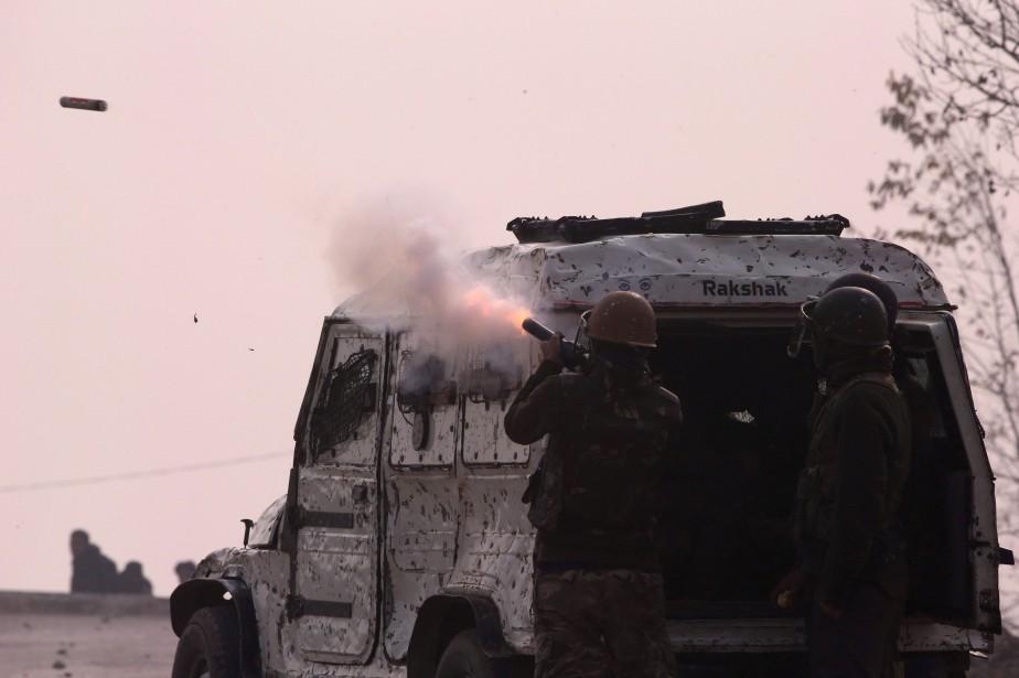 Les rebelles mènent depuis des décennies une insurrection... (PHOTO REUTERS)