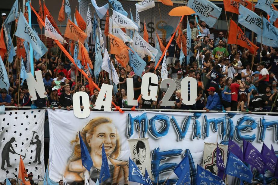 Beaucoup d'Argentins ont promis une forte mobilisation contre... (Photo AGUSTIN MARCARIAN, REUTERS)