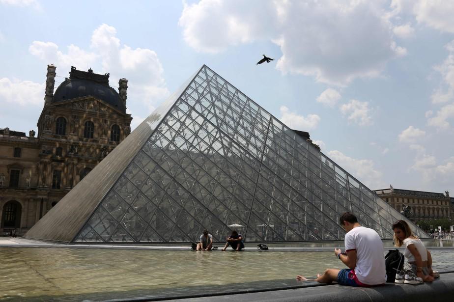 Le Louvre proposera à partir de janvier une... (Photo LUDOVIC MARIN, archives AFP)