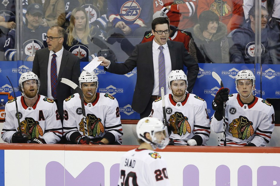Les Blackhawks de Chicago sont parmi les pires... (Photo JOHN WOODS, La Presse canadienne)