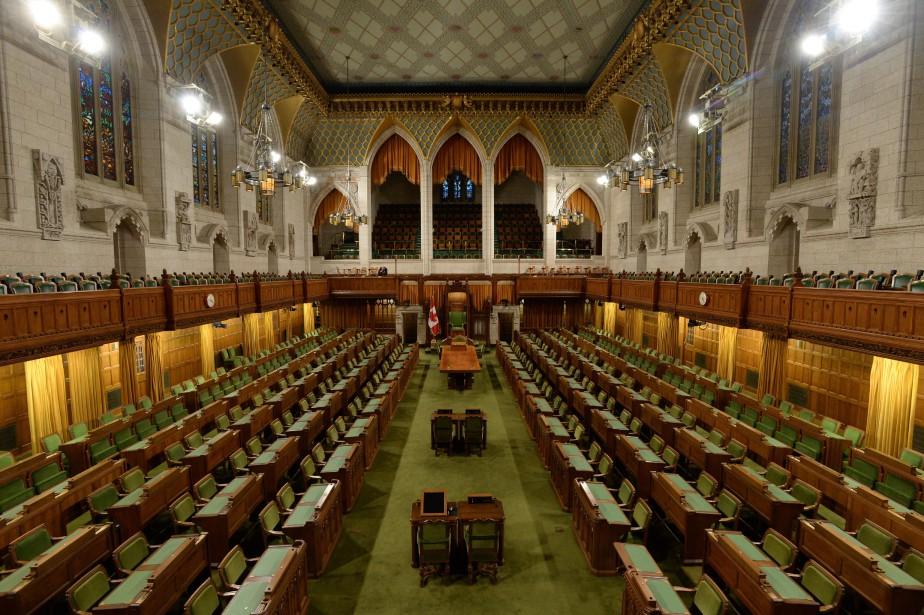 Les députés de tous les partis ont accepté... (Photo Sean Kilpatrick, archives LA PRESSE CANADIENNE)