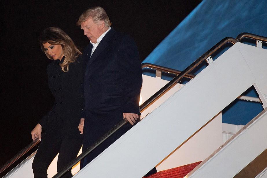 Donald Trump et son épouse Melania à leur... (Photo SAUL LOEB, Agence France-Presse)