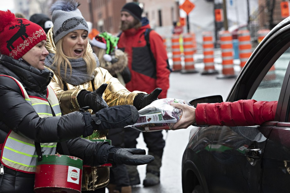 Les Montréalais peuvent offrir de l'argent ou des... (PHOTO PATRICK SANFAÇON, LA PRESSE)
