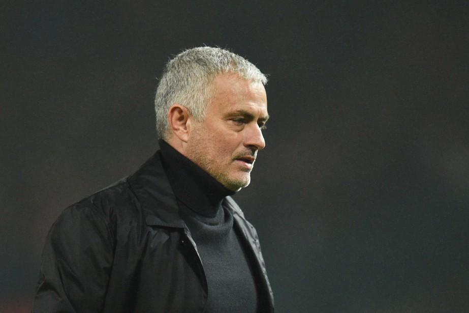 Le contrat actuel entre Jose Mourinho et United... (Photo OLI SCARFF, Agence France-Presse)