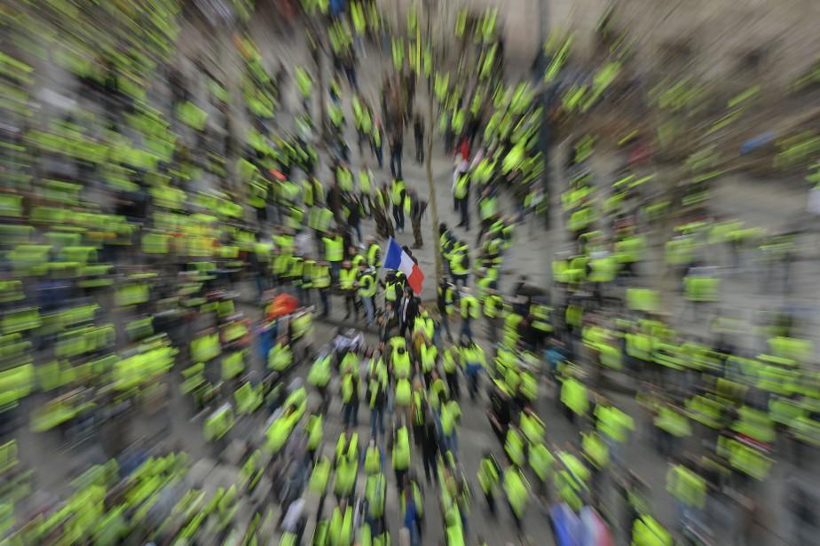 En France, les gilets jaunes sont devenus le... (PHOTO AFP)