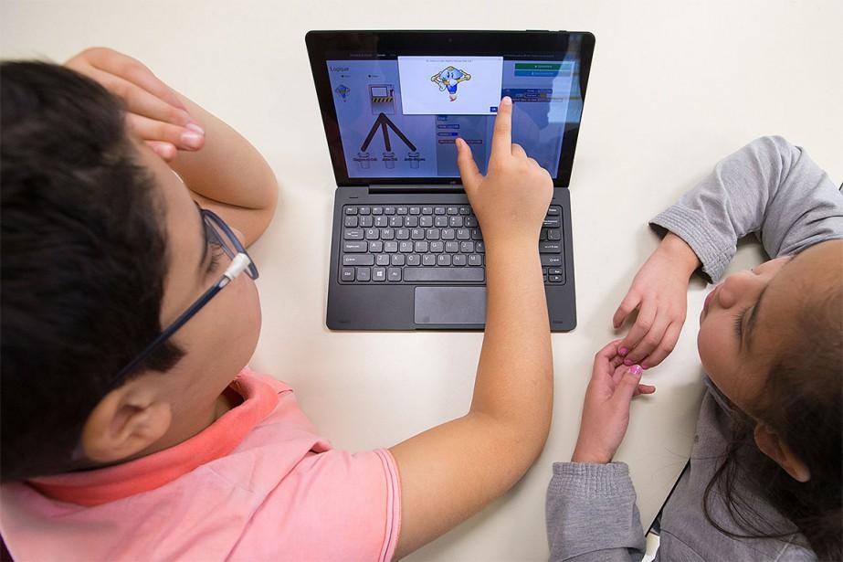 Les animateurs du Réseau Technoscience débarqueront dans plusieurs... (Photo Ivanoh Demers, La Presse)