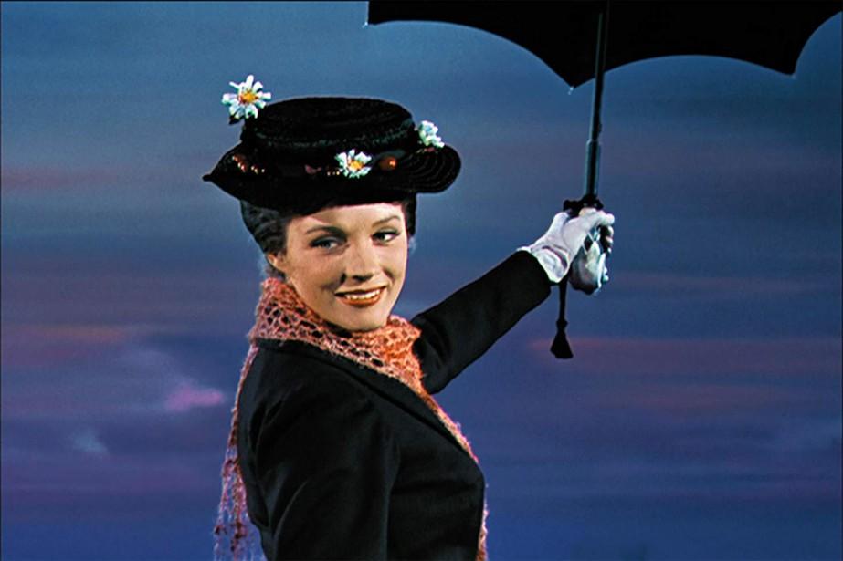 Julie Andrews dans Mary Poppins, un film de... (Image fournie par Disney Pictures)