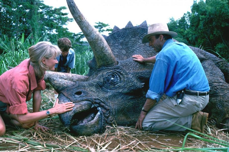 Laura Dern et Sam Neil dans une scène... (Image fournie par Universal Picture)