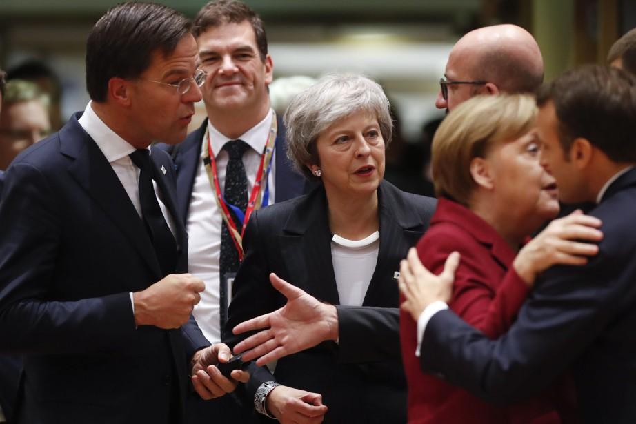 Les Européens ont adopté jeudi un texte destiné... (PHOTO AP)