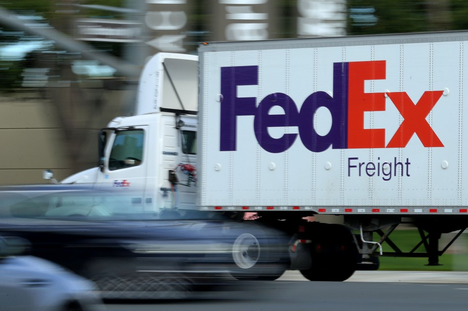 À 10h15, le titre de Fed Ex perdait... (Photo Mike Blake, REUTERS)