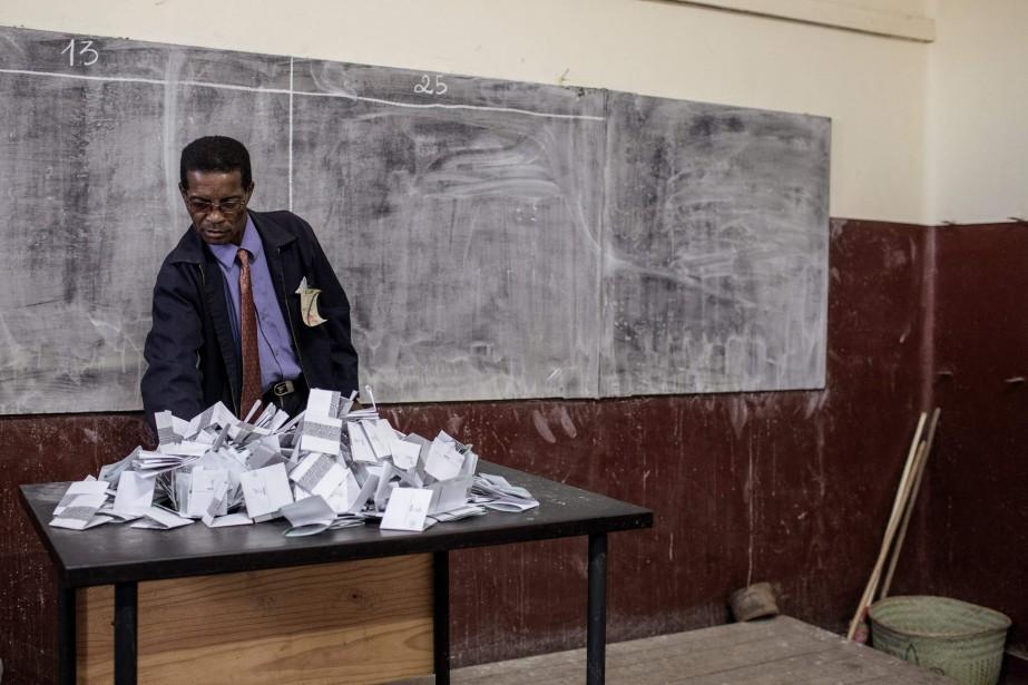 Toute la journée, les Malgaches ont voté pour... (PHOTO AFP)