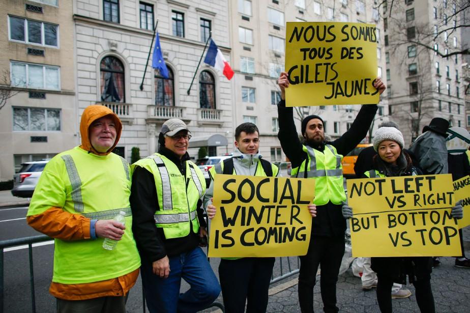 L'appel à manifester en solidarité avec les gilets... (Photo KENA BETANCUR, AFP)