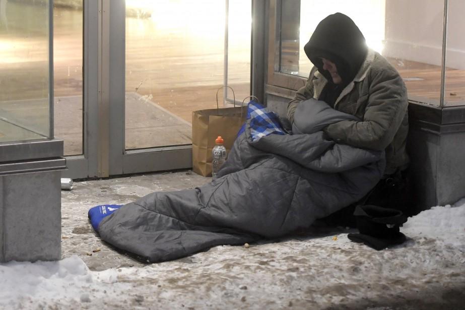 Montréal dispose ainsi de 957places d'hébergement d'urgence pour... (Photo Bernard Brault, archives La Presse)