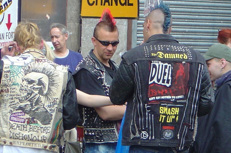 Michael Riverin, 43 ans, déteste les punks et... (Photo wikimedia commons)