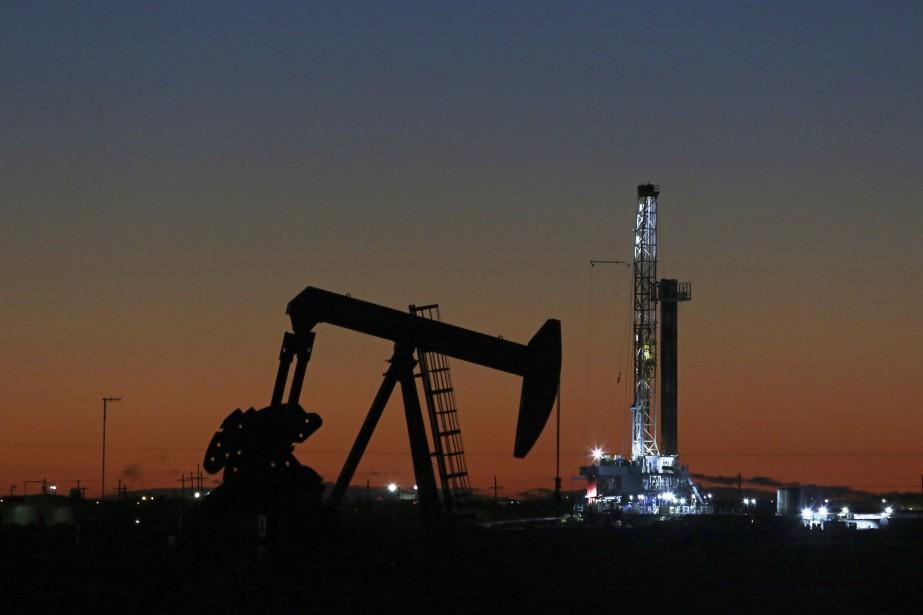 Les cours du pétrole, qui avaient déjà... (Photo Jacob Ford, Associated Press)