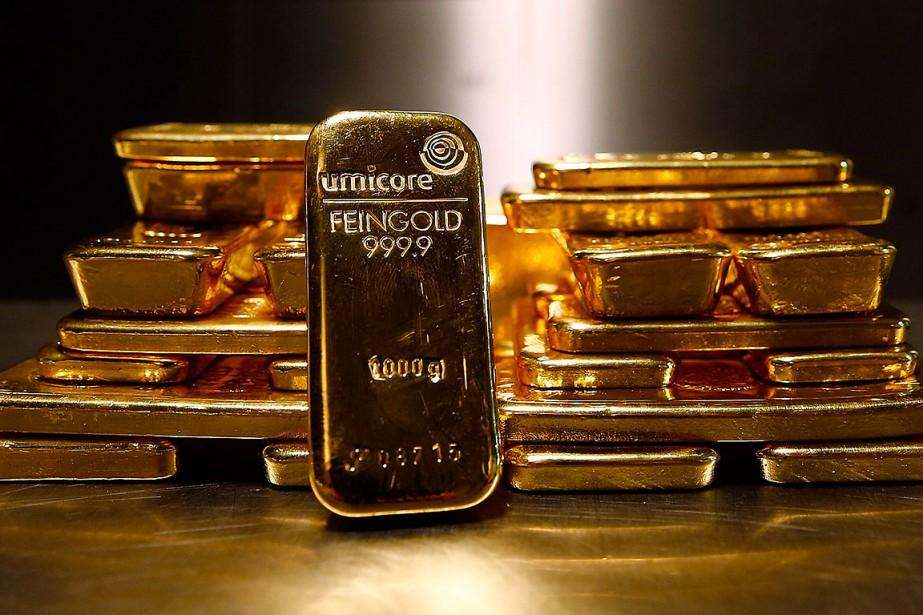 L'or a légèrement baissé en 2018,... (Photo MICHAEL DALDER, archives REUTERS)