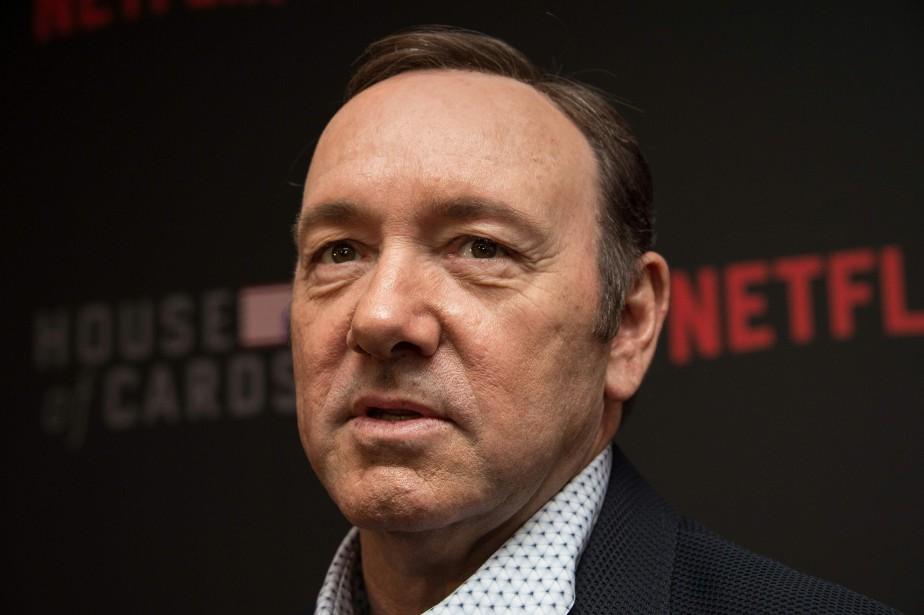 Selon la poursuite, l'acteur Kevin Spacey aurait agrippé... (Photo NICHOLAS KAMM, archives AFP)