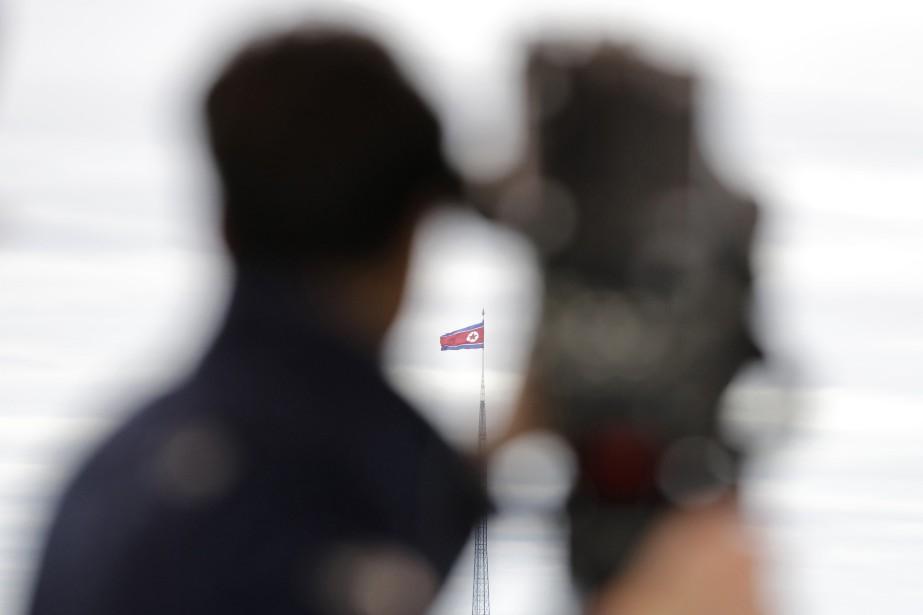 La plupart des diplomates nord-coréens doivent généralement laisser... (PHOTO AP)