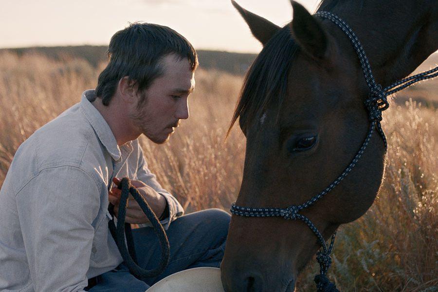 Brady Jandreau dans une scène de The Rider,... (Photo 1996-98 AccuSoft Inc., tirée de IMDB)
