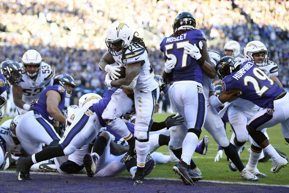 Le porteur de ballon des Chargers, Melvin Gordon,... (PHOTO AP)