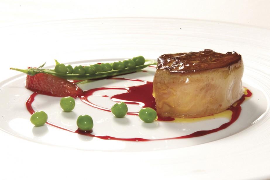 Un foie gras de canard poêlé, pamplemousse et... (Photo Jérôme Aubanel, archives La Presse)
