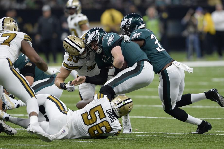 Les Eagles ont été dominés physiquement et mentalement... (PHOTO AP)