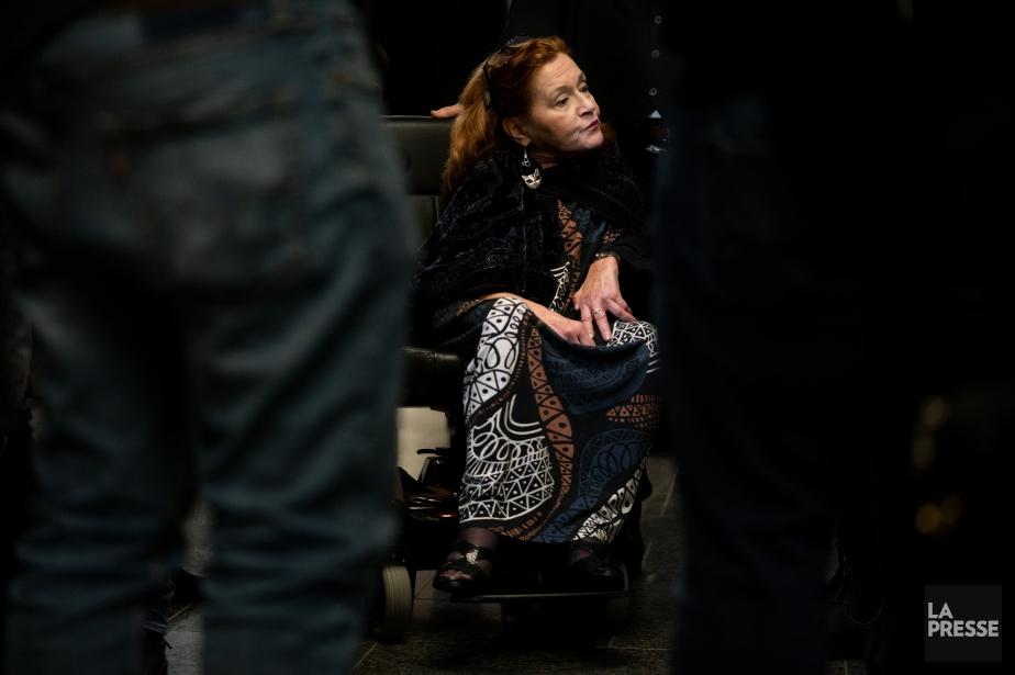 Nicole Gladu, 73 ans, souffre d'un syndrome post-poliomyélite... (Photo David Boily, La Presse)
