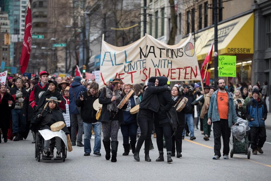 Une manifestation contre le pipeline Coastal GasLink a... (Photo DARRYL DYCK, THE CANADIAN PRESS)